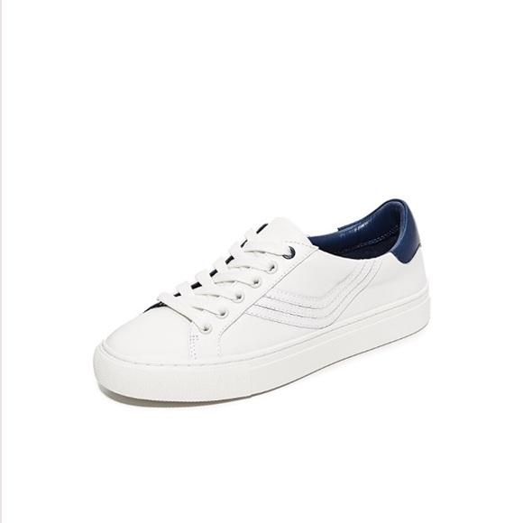 ad5ed5215a6 Host Pick Tory Burch white sneakers. M 5adca06ba6e3eab4264d0fb0